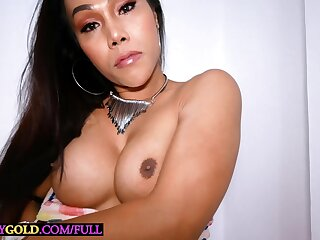 Busty shemale with a huge sex appetite